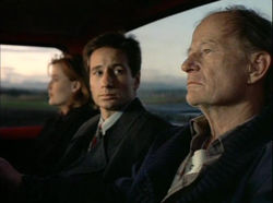Scully_Mulder_Old_Man_Truck_Delta_Glen_Wisconsin_Red_Museum